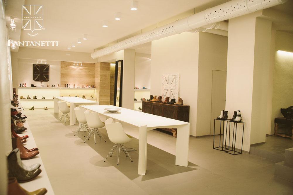 showroom007