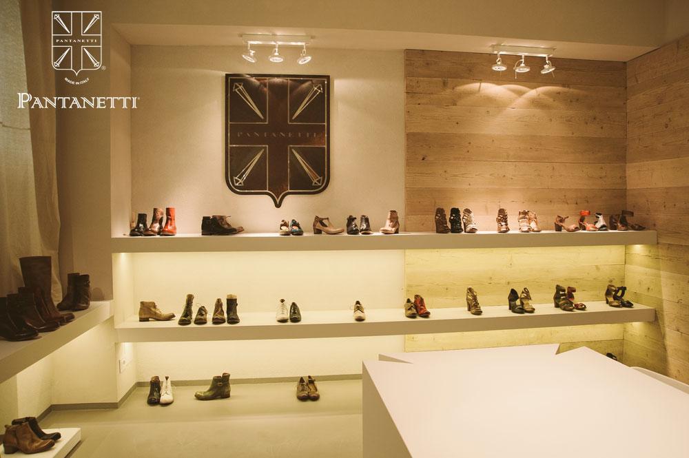 showroom013